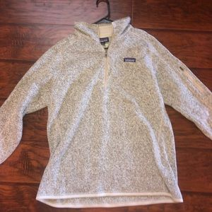 Patagonia zip up pullover!!